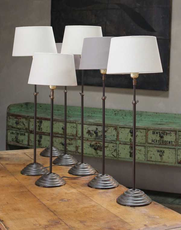 Elegant Extending Bronze Table Lamp With Taupe Linen Shade In Cast Iron Steel Metal